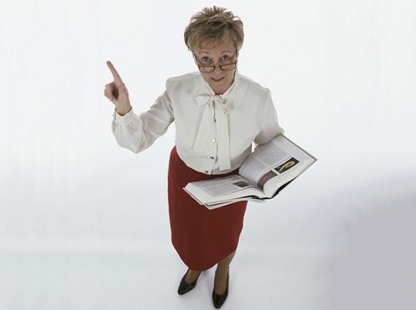 На Тамбовщине предлагают одеть в школьную форму учителей