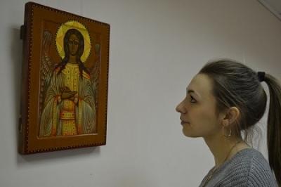 В Тамбовском филиале РАНХиГС открылась выставка иконописца Михаила Никольского