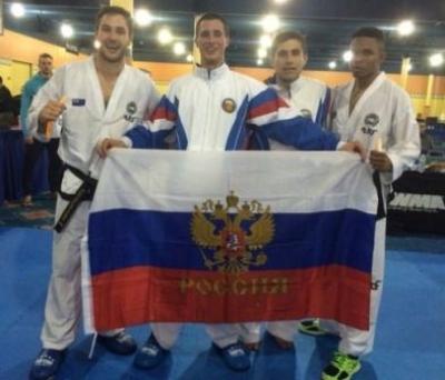 Тамбовчане Константин Поченикин и Роман Кудашов завоевали бронзу и серебро в матчевом турнире по тхэквондо в США