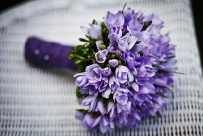 Не более 15 цветков в букете: в России вводят ограничения по ввозу фруктов и цветов