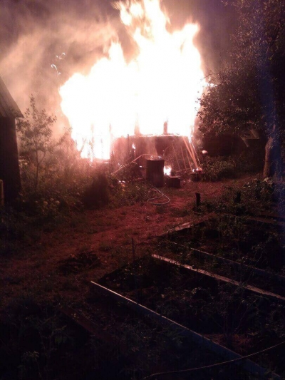 В Тамбове на улице Энгельса сгорел жилой дом