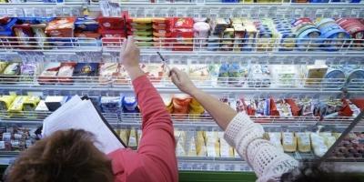 Роспотребнадзор предложил ставить на вредных продуктах «черные метки»