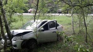 ВРассказовском районе «Лада» врезалась вдерево после столкновения сгрузовиком