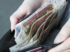Средняя зарплата тамбовчан в феврале составила 21 440 рублей
