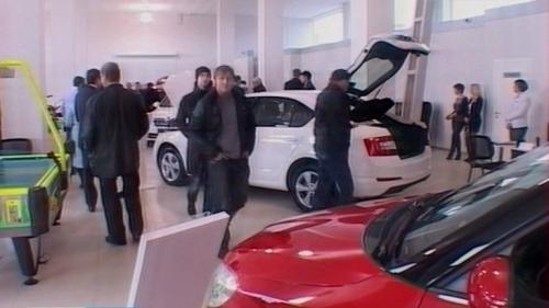 В области стали чаще покупать новые автомобили
