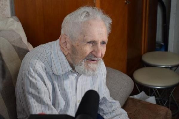 В Тамбове на 106-м году жизни умер старейший подводник мира