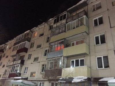 В многоэтажном доме города загорелась квартира: двое погибли