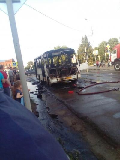 В Моршанске сгорел автобус