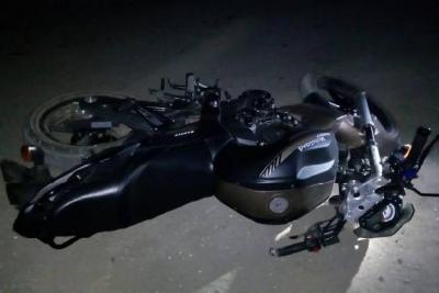 В Ржаксе подросток на мотоцикле врезался в шлагбаум и погиб