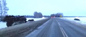 """В Первомайском районе """"легковушка"""" врезалась в """"КамАЗ"""": четверо пострадали"""