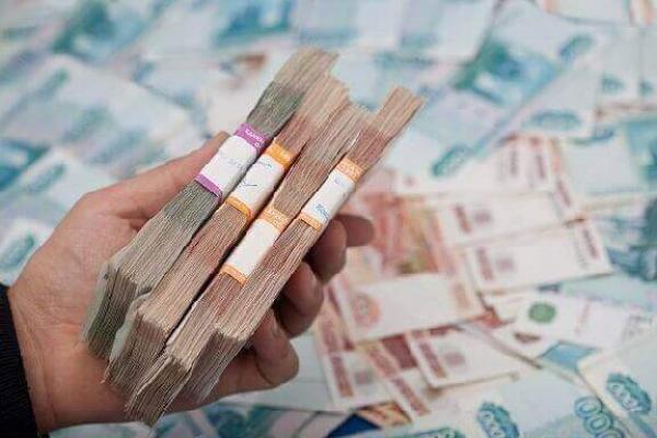 """Эксперты выяснили, сколько денег нужно семьям для """"нормальной жизни"""""""
