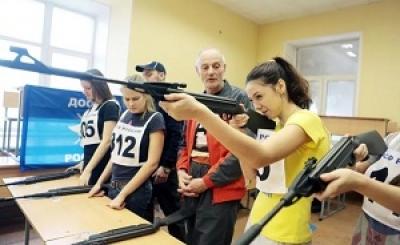 Тамбовские школьники готовятся к сдаче ГТО по стрельбе