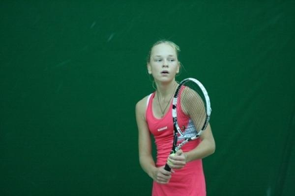 Тамбовчанка Олеся Первушина успешно выступает на мировом чемпионате молодежной теннисной лиги в Чехии