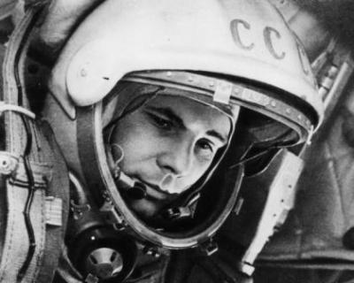 Сегодня - Всемирный день авиации и космонавтики