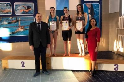 В Кирсанове прошли соревнования по плаванию на Кубок главы города