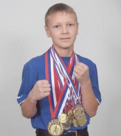 Тамбовский боксер Илья Попов выступит на чемпионате Европы среди юниоров